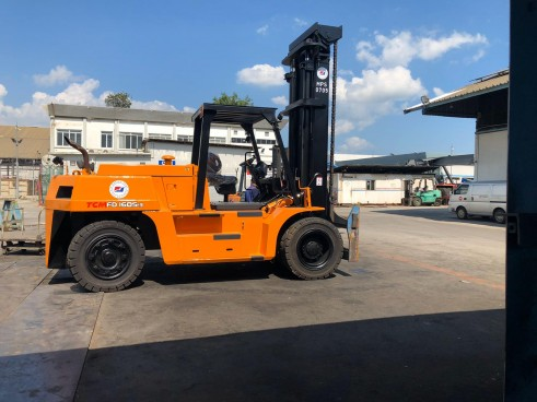SELL / RENTAL OF FORKLIFTS FROM 3 TO 25 TONS